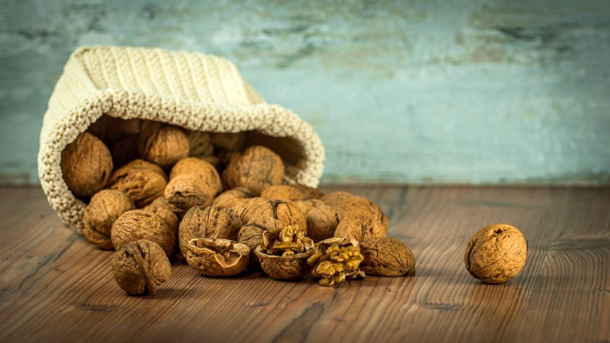 144749858 walnuts 12130081920