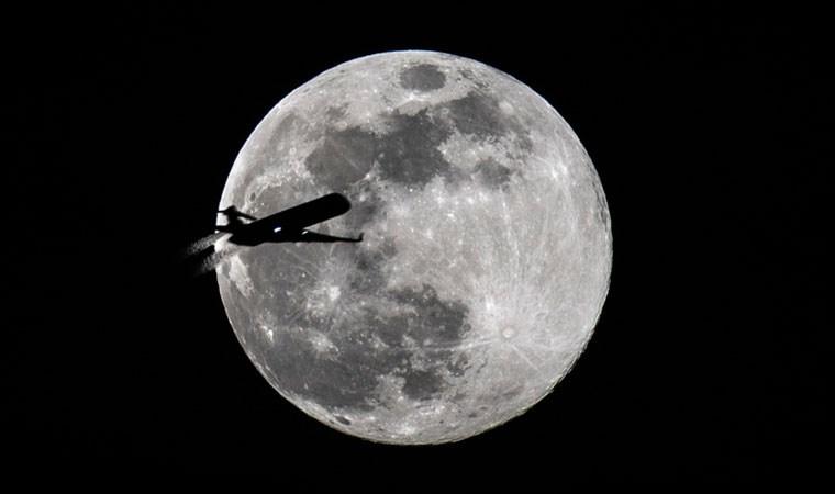 2020'nin ilk Süper Ay'ı kartpostallık görüntüler oluşturdu