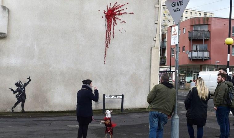 Banksy'den Sevgililer Günü eseri