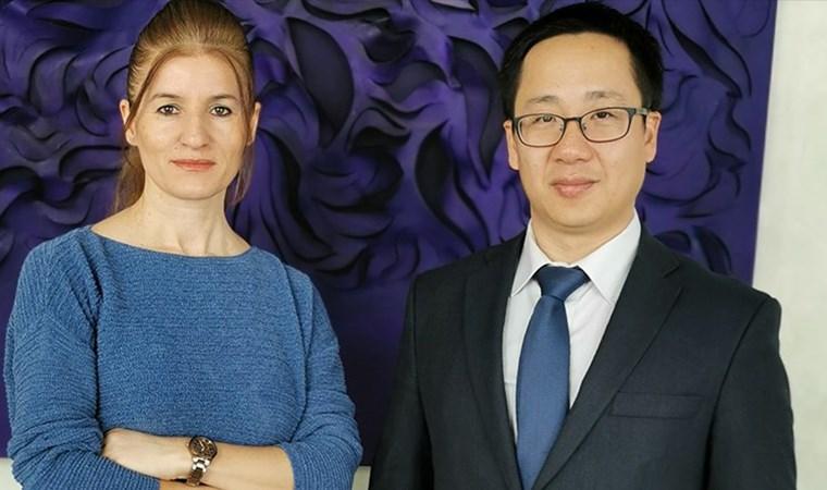 Konsolos Songfeng: Acılarımızla mutlu  olmayın