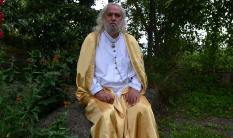 Hasan Mezarcı, bazı dini hükümleri iptal etti