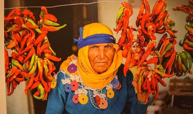 'Karacasu'dan yüzler' sergisi  Marmaris'te