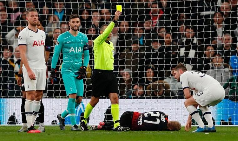 Çakır penaltı dedi, Mourinho çarpıldı
