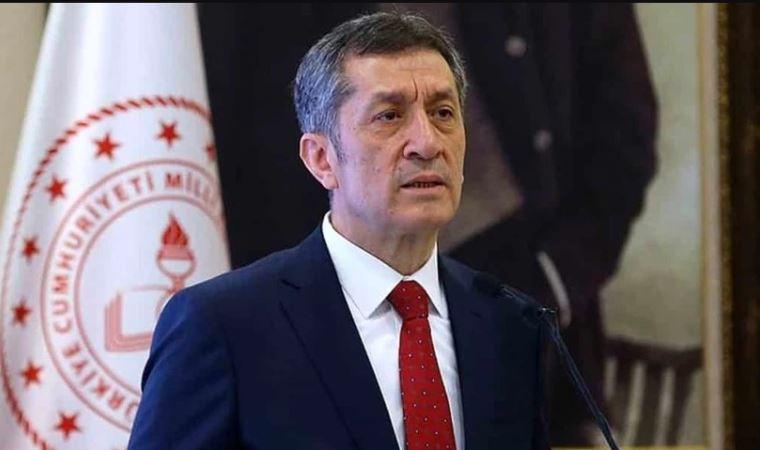 Milli Eğitim Bakanı Ziya Selçuk açıkladı: Sınıfta kalma geri geliyor