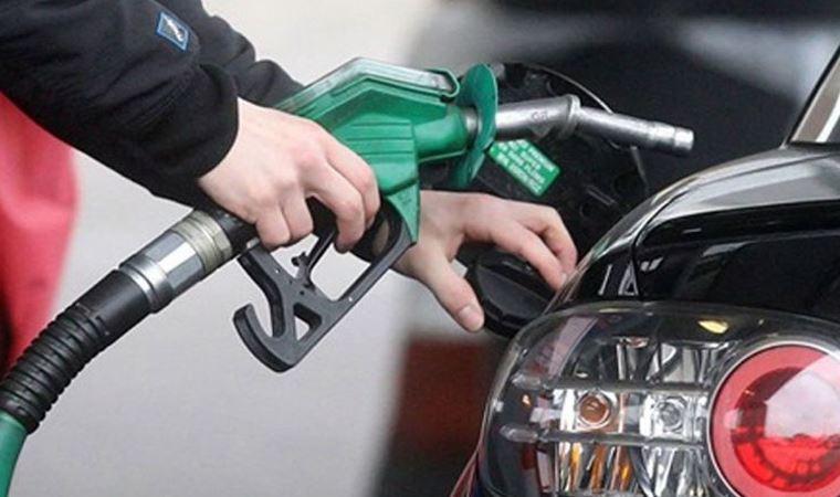 Araç sahipleri dikkat! Benzine yeni zam yolda - Cumhuriyet