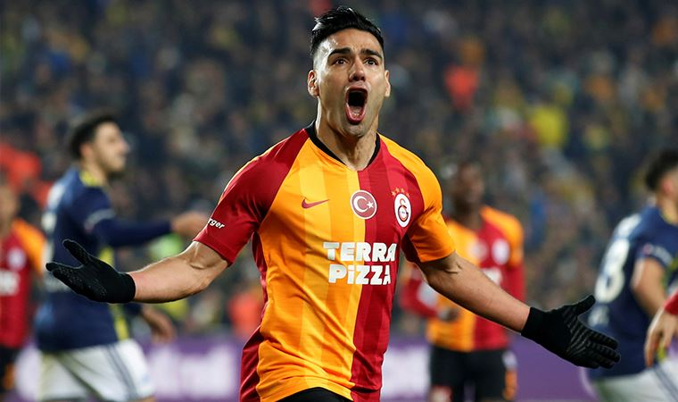 Galatasaray'dan  21 yıl sonra Kadıköy zaferi
