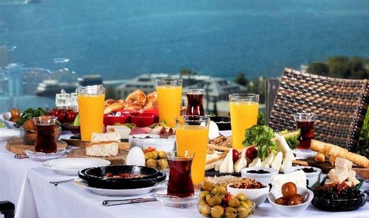 Serpme kahvaltı israf