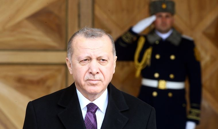 AKP'den Erdoğan'a sansür!