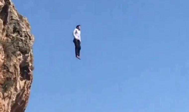 Antalya'da şaşkına çeviren görüntü! 40 metreden atladı