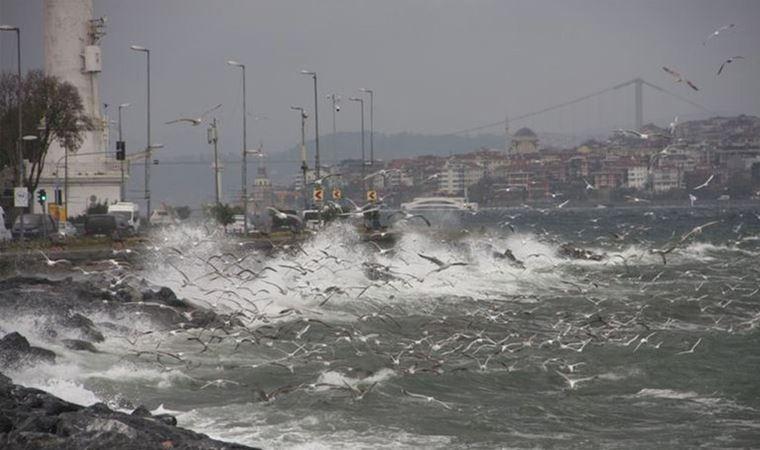 İstanbul için valilikten lodos uyarısı yapıldı.
