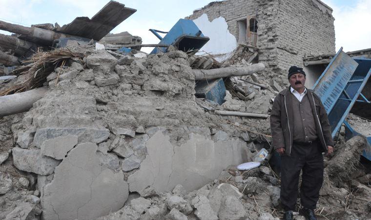 İran depreminde Van'daki can kaybı 10'a yükseldi