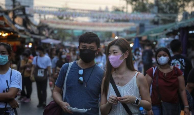 Koronavirüs: Ölü sayısı 722'ye çıktı, ilk kez Çinli olmayan bir kişi de hayatını kaybedenler arasında