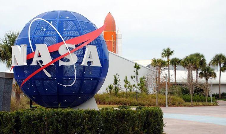 NASA Ay roketi çalışmalarını askıya alıyor