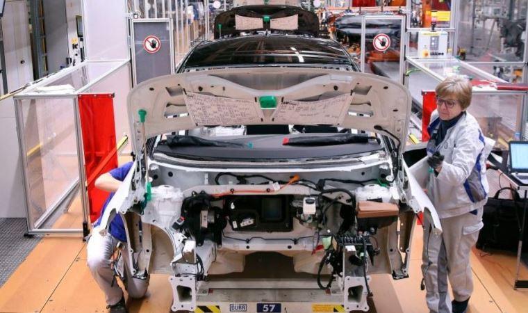 Koronavirüs: Otomotiv devleri, tıbbi cihaz üretimi çağrılarına yanıt veriyor