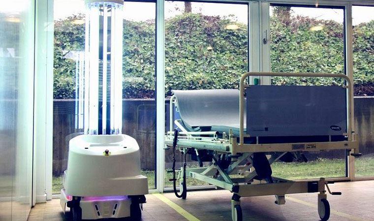 Koronavirüsle mücadeleye yardım eden robotlar