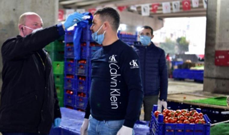 İzmir semt pazarlarında salgına karşı yeni önlemler