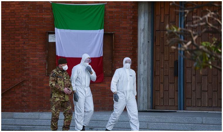 İtalya Kovid-19 vakalarında 10 gün içinde düşüş bekliyor