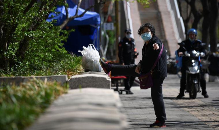 Çin'de 'ithal virüse' karşı 'yabancı düşmanlığı' iddiası
