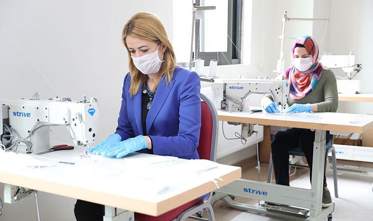Merkezefendi Belediyesi, maske üretimine başladı