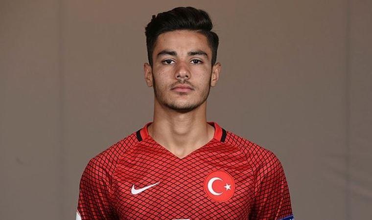 Ozan Kabak'tan milli takıma kötü haber