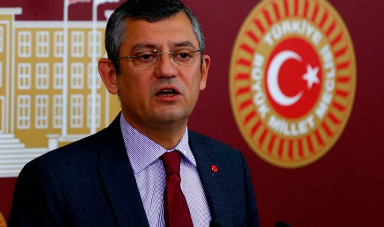 CHP'li Özel: Sarayın müteahhitine işi ihalesiz vermişler