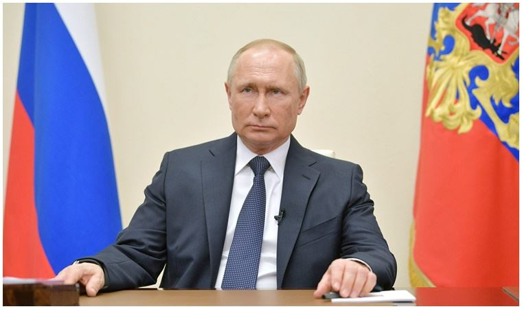 Putin'den yeni koronavirüs kararı: Ücretli tatil uzatılacak