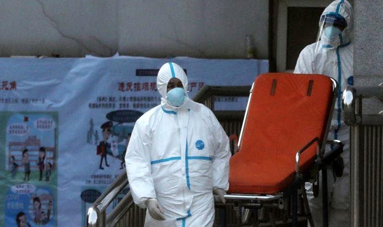 Almanya'da 2 bin 300 sağlık personeline koronavirüs bulaştı