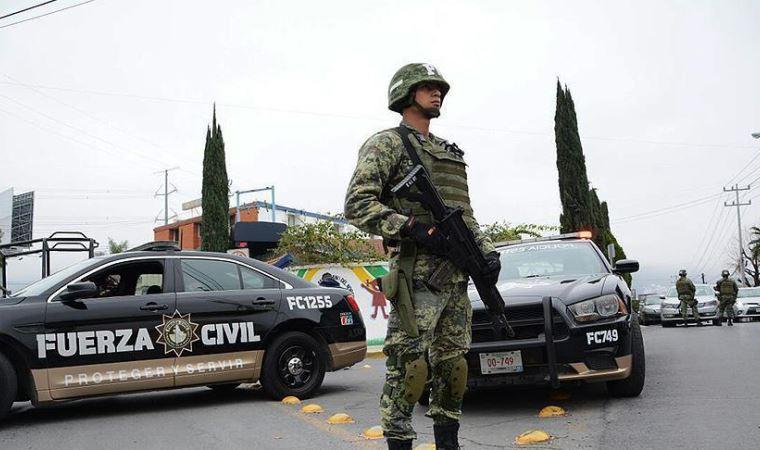 Meksika'da uyuşturucu çeteleri çatıştı: 19 ölü