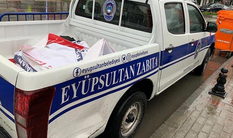 AKP'li belediye, CHP'nin koronavirüs pankartını toplattı