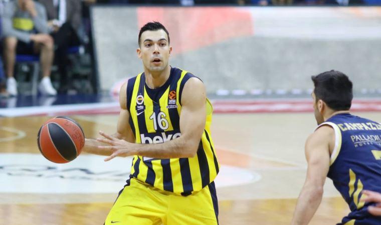 Fenerbahçe'yi üzen ayrılık açıklaması