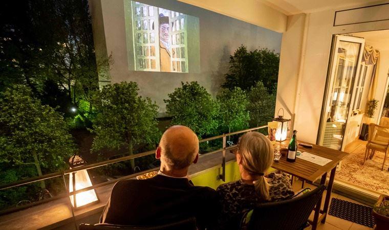 Berlin'de filmin gücüyle dayanışma: Pencereden sinema günleri