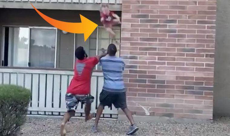 Eski futbolcu düşen çocuğu havada böyle yakaladı!