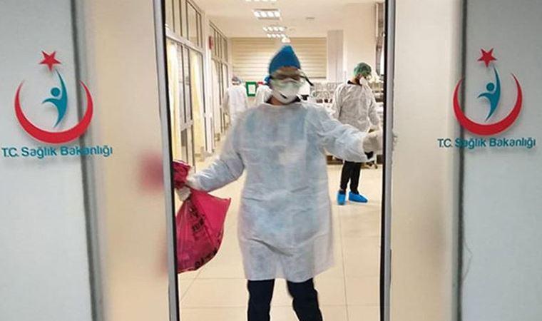 Ankara'da sağlık emekçisi Necip Üstüner koronavirüs nedeniyle yaşamını yitirdi