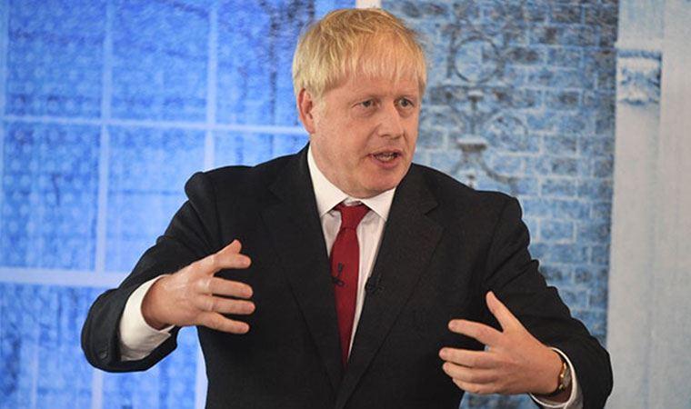 İngiltere Başbakanı Johnson: Sağlık hizmetleri çok zor durumda