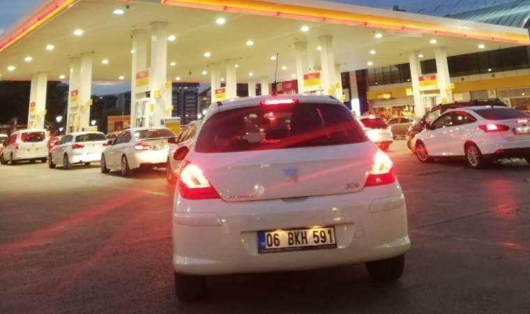 Yurttaşlar, benzin istasyonlarına akın etti!