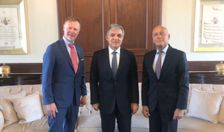 Abdullah Gül'le dikkat çeken görüşme