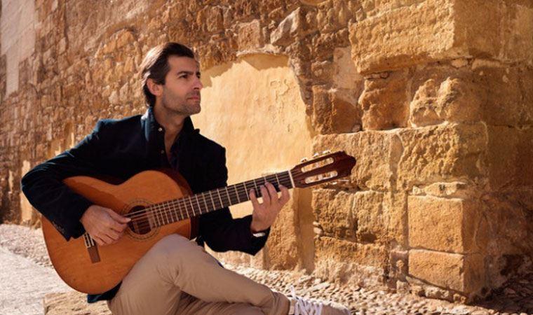 Gitarist / besteci Murat Usanmaz: 'Müziğin gücünü paylaşmak paha biçilemez'