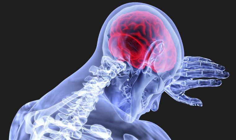 Beyin ve Sinir Cerrahisi Uzmanı uyardı: 'Covid-19 hastalarında, felç ve  inme riski 7,5 kat artıyor'