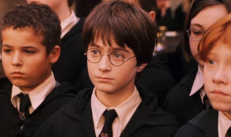 Harry Potter' serisinin yıldızı Daniel Radcliffe'ten itiraf: 'Bazı  oyunculuk performanslarımdan yoğun utanç duyuyorum'