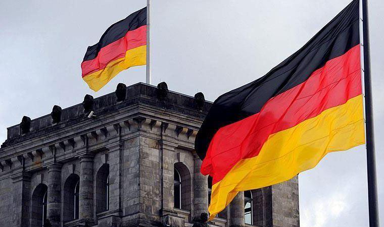 Almanya koronavirüs nedeniyle sınır kontrollerini 3 Mart'a kadar uzattı