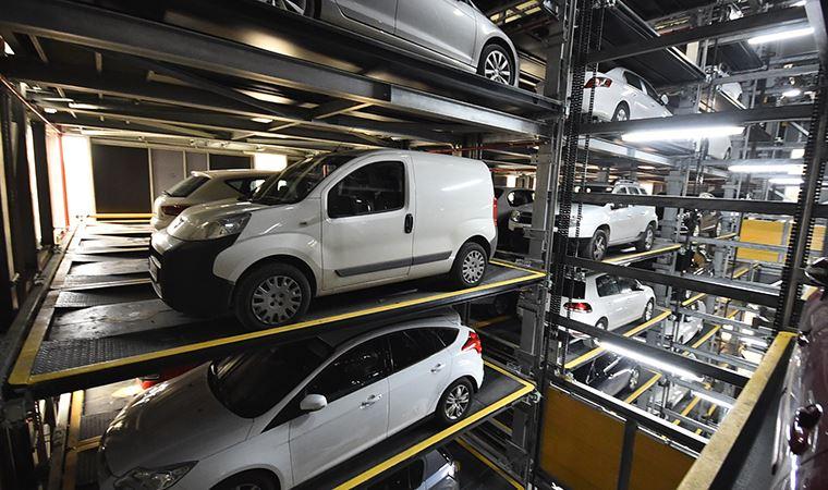 Türkiye'nin en büyük tam otomatik otoparkı İzmir'de açılıyor