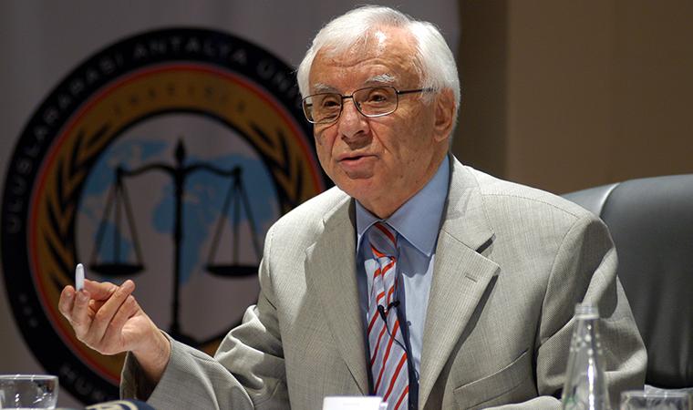 Eski Yargıtay Başkanı Selçuk'tan MHP lideri Bahçeli'ye yanıt: Hukuk hakaretle çürümez