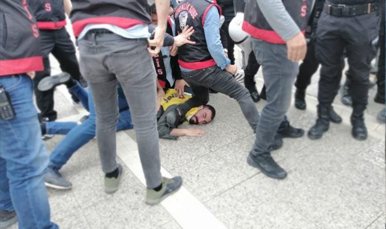 1 Mayıs eylemine polisten George Floyd'u hatırlatan müdahale