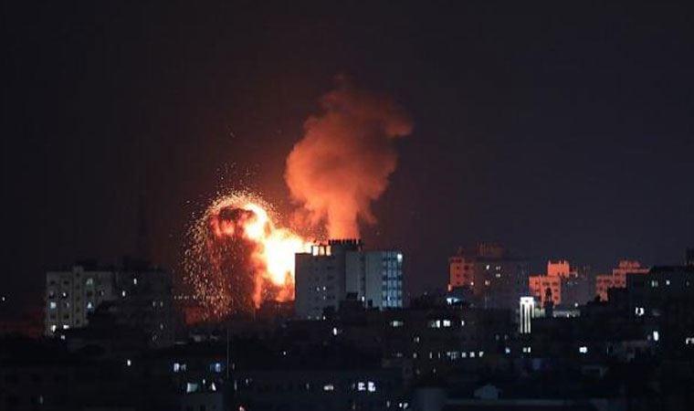 Hamas, Tel Aviv'e 130 roket attı
