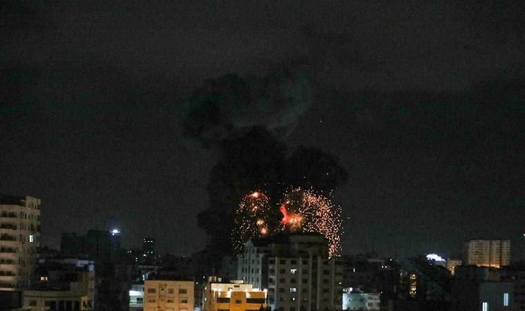İsrail, yaralılara yardım eden sivilleri vurdu