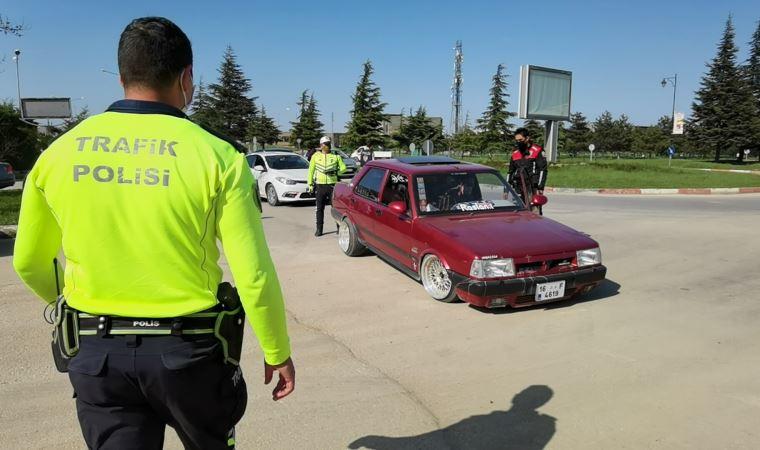 90 bin TL'ye modifiye ettiği otomobiliyle 2'nci kez ceza yedi