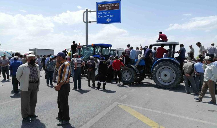 Konya'da çiftçiler isyan etti: Konya-Adana yolunu traktörlerle trafiğe kapattılar