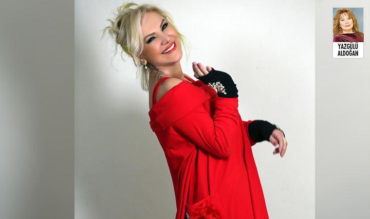 """Zeliha Sunal'ın """"İyi Ki De"""" isimli single'ı çıktı"""