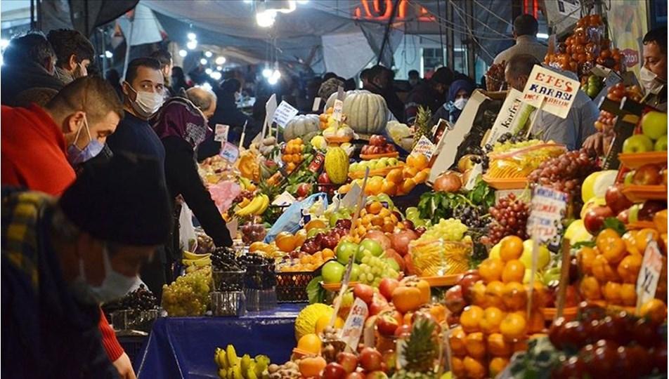 <p>İstanbul Umum Pazarcılar Esnaf Odası'nın paylaştığı bilgiye göre <strong>bugün açık olacak pazarlar</strong> şöyle:<br></p>