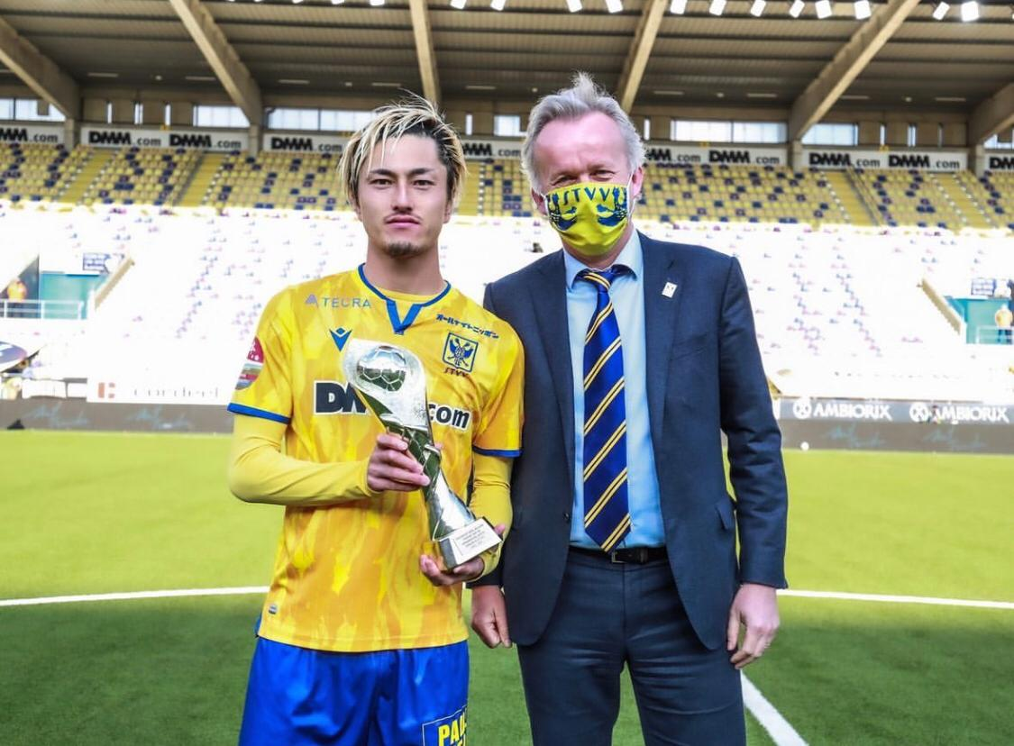 <p>Forvet arayışlarını sürdüren Fenerbahçe için bir iddia da Belçika basınından gelidi.&nbsp; &nbsp;</p>
